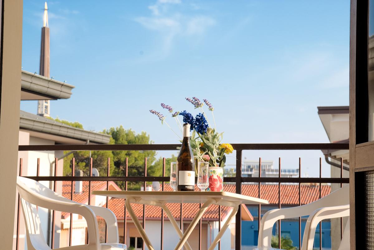 esterno appartamento bilocale lignano sabbiadoro